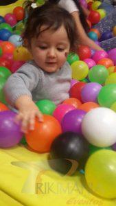 fiestas infantiles con piscina de pelotas