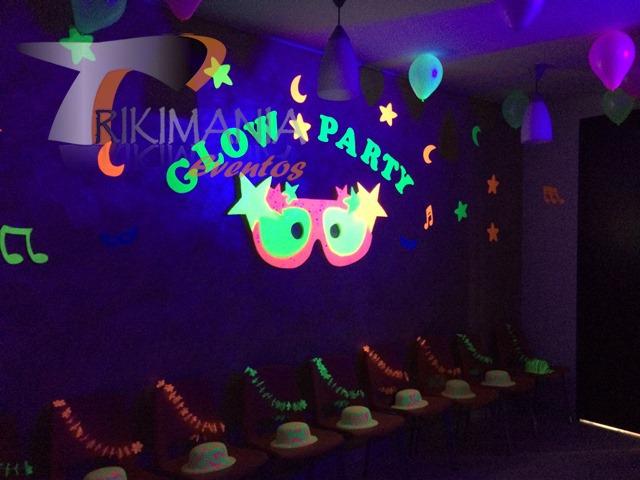 Chiquiteca Glow Party